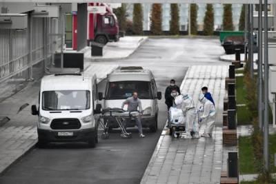 В Москве за сутки от коронавируса умерли 63 человека — это максимум с начала июня