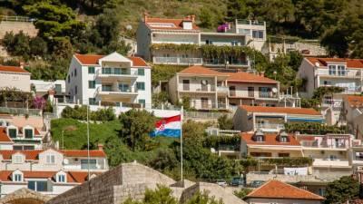 Власти Хорватии объявили о новых ограничениях из-за коронавируса