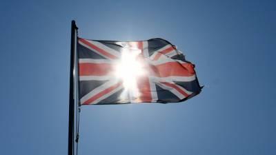 Коронавирус перессорил британских консерваторов