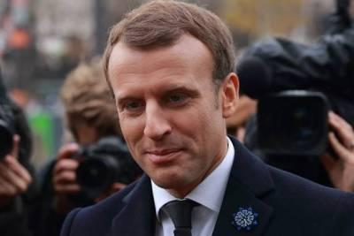 Макрон назвал сроки старта массовой вакцинации от COVID-19 во Франции