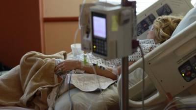 Вирусолог рассказал о необычности распространения коронавируса в России
