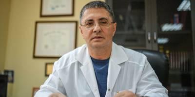 Мясников назвал фатальную ошибку при домашнем лечении коронавируса