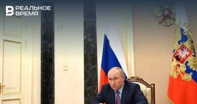Решение о введении нерабочих дней из-за пандемии примут завтра на совещании с Путиным