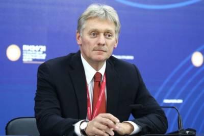 Песков: новые антиковидные меры не повлияют на график Путина
