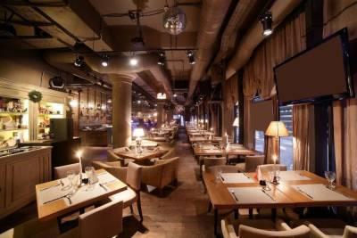 Рестораны и магазины в Петербурге рискуют разориться из-за ведения QR-кодов
