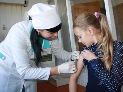 Насильно и бесплатно: представители бизнеса выступили с радикальным предложением о вакцинации