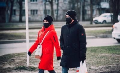 В Смоленске за сутки выявили почти 400 зараженных COVID-19