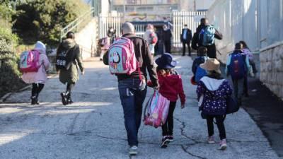 Минздрав решил: в каких городах и районах Израиля закроются школы и детские сады