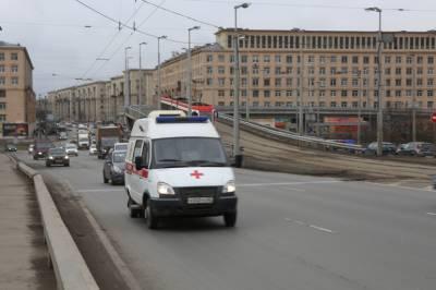 В Петербурге за сутки выявили 694 новых случая заболевания коронавирусом