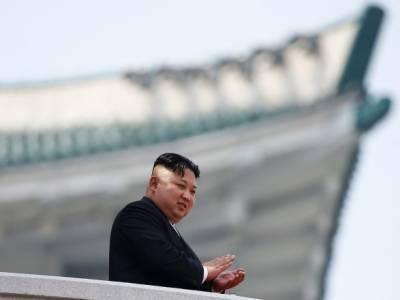 """Ким Чен Ын заявил, что Северную Корею ожидает """"Трудный поход"""" - так там принято называть голод 90-х годов"""