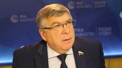 Рязанский перечислил факторы снижения уровня бедности в России