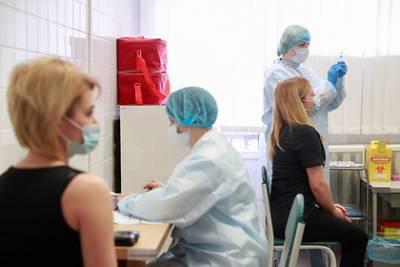 Власти Украины заявили о пройденном пике заболеваемости COVID-19