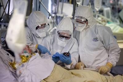 Число жертв коронавируса в Европе превысило миллион