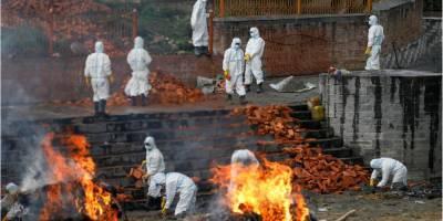 Непал оказался на пороге «человеческой катастрофы» из-за резкого всплеска COVID-19