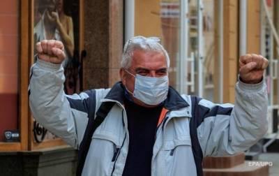 Степанов: Украина прошла третью волну коронавируса