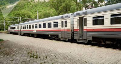 Первый пассажирский поезд из Еревана прибыл в Грузию