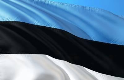 Таллинская скорая помощь уволила сотрудников за отказ от вакцинации