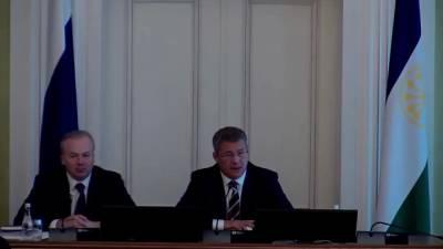 Глава Башкирии Хабиров передумал расширять в республике ограничения по COVID-19