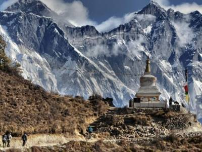 Непал восстанавливает визы для иностранных туристов